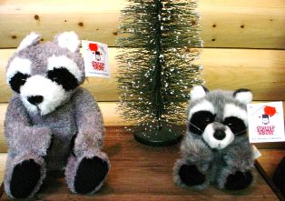 Stuffed Toy Raccoons #tb05ftra03a